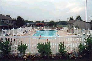 Seasons Lodge Pool